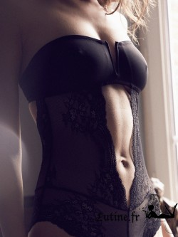 IMPLICITE EVASION Body dentelle noire