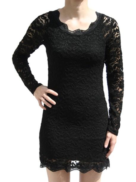 0523fd648c7 Robe dentelle noire courte manche longue de Lutine.fr