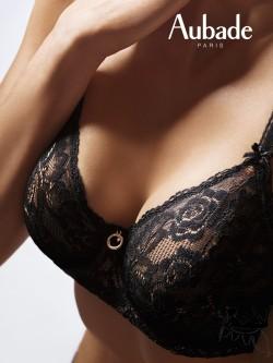 Soutien-gorge emboîtant confort dentelle noire ROSESSENCE AUBADE sur Lutine.fr