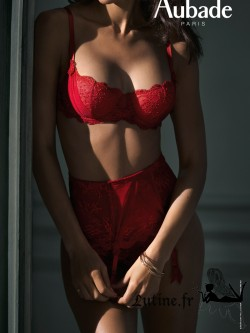 AUBADE AUBADE A L'AMOUR Serre-taille dentelle rouge