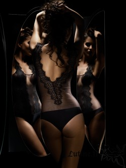IMPLICITE JALOUSIE Body dentelle noire